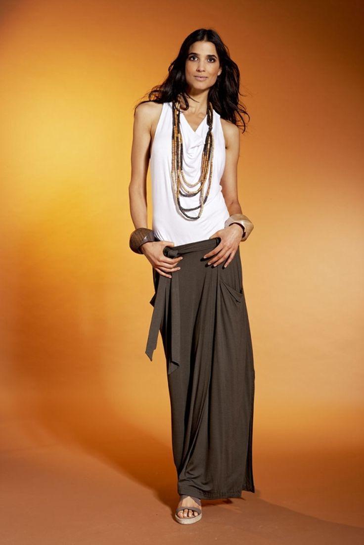 Модный образ. Длинная юбка из джерси с карманами и поясом