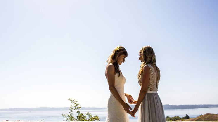 Cruise ships will marry same-sex couples at sea