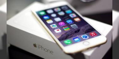 """iPhone 6'larda dokunma hastalığı başladı!: Kullanıcıların elindeki iPhone 6'ların """"eskimeye"""" başlamasıyla birlikte yepyeni ama oldukça da ciddi bir sorun ortaya çıktı."""