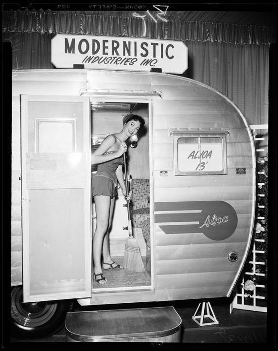 Vintage Aljoa Camper