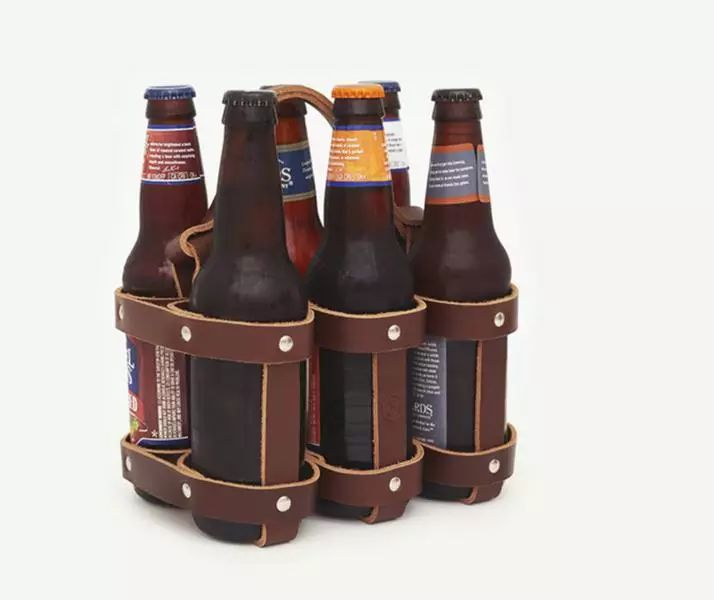 12 Christmas Gift Ideas for Men // Leather Beer Holder