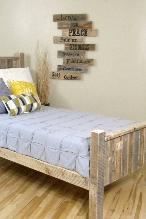 12 Creative Pallet Style Bedroom Furnishing Designs You Can Use To
