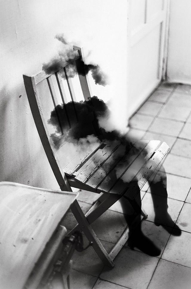 Photographer Silvia Grav lives and works in Madrid, Spain where she creates some beautifully original conceptual photographs.