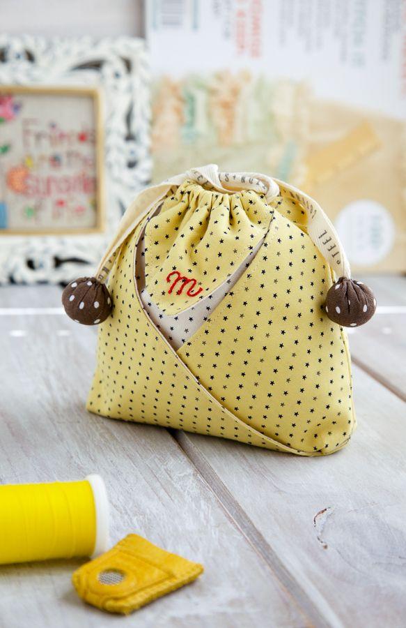 Free pattern/tutorial - oh so cute Mini String Pouch ༺✿ƬⱤღ  http://www.pinterest.com/teretegui/✿༻