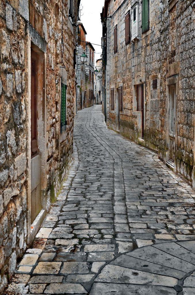 Old Town Stari Grad on de northern side of de island of Hvar in Dalmatia_ Croatia