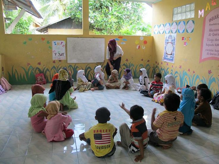 Change of Venue at #Aceh. This week we moved venues for the Blang Krueng class. The place is where the village library is located, and often times, people in the neighborhood will go there to practice something or other.[...]  #IHF #NGO #Education #Children #Volunteer   #Aceh #InternationalHumanityFoundation