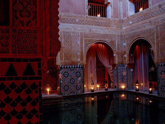 Foto van Hammam Al Andalus Malaga, #spain #spa #romance Lilli and Jimena go to the Hammam for a girl night to talk about the guys...