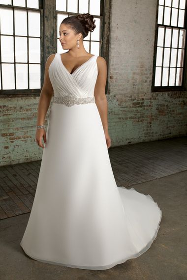 Modest 2012 Collection Plus Size Wedding Dress A line V neck Chapel Train Organza affordable on sale, discount bridal gowns shop for wedding at 2013 to 2012 vogue style.