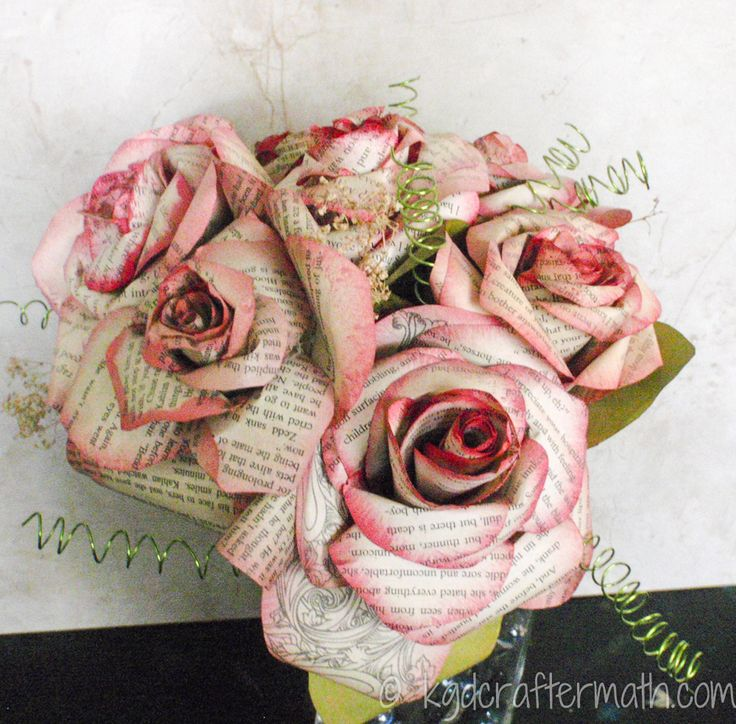 Paper Wedding Roses - fantastic tutorial for incredibly beautiful book page roses!