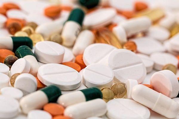 Uważajmy na polipragmazję i niepożądane działanie leków