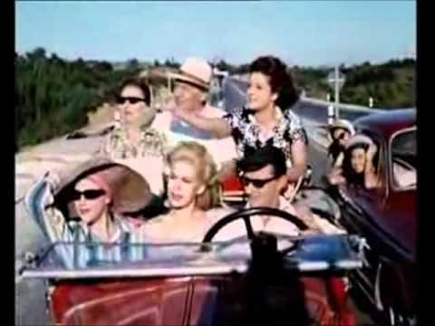 """ΒΛΑΧΟΠΟΥΛΟΥ, Ρένα -- «Σαν ξημερώνει Κυριακή!»VLAHOPOULOU, Rena - """"As Sunday Awakens""""Κινηματογραφικό Έργο...Μερικοί το Προτιμούν Κρύο (1962)Με τους Ρένα Βλαχοπούλου, Ντίνος Ηλιόπουλος, Ζωή Λάσκαρη, Κώστας Βουτσάς"""