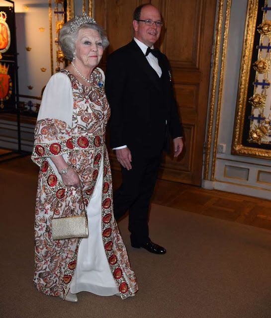 554 Best Images About Prinses Beatrix Vanaf 2013 On