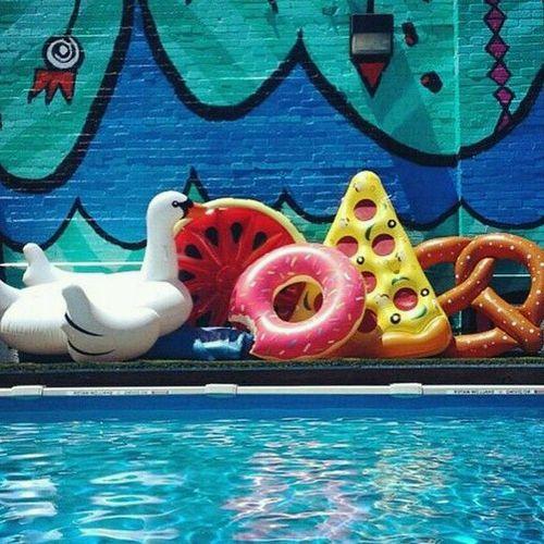 flotadores de piscina