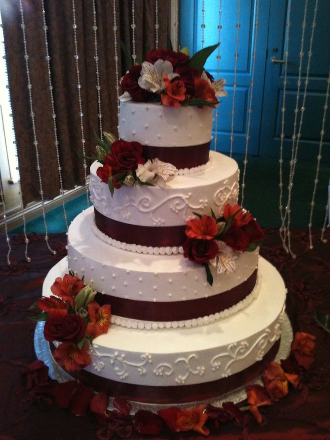 wedding cakes with snowflakes and burgandy ribbon | burgundy wedding cake this is a round wedding cake i made the sizes ...