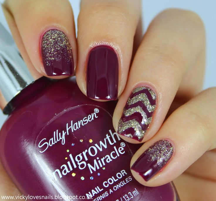 Vicky Loves Nails: Purple and Gold Skittlette