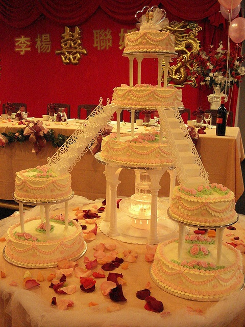traditional chinese wedding cake recipe wedding cake how is this even possible 21128