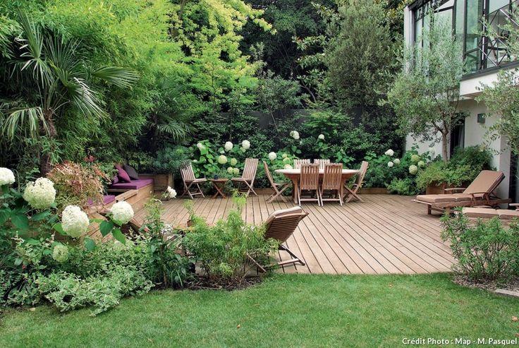 Un jardin l 39 abri des regards jardines decoracion - Decoracion patios y jardines ...