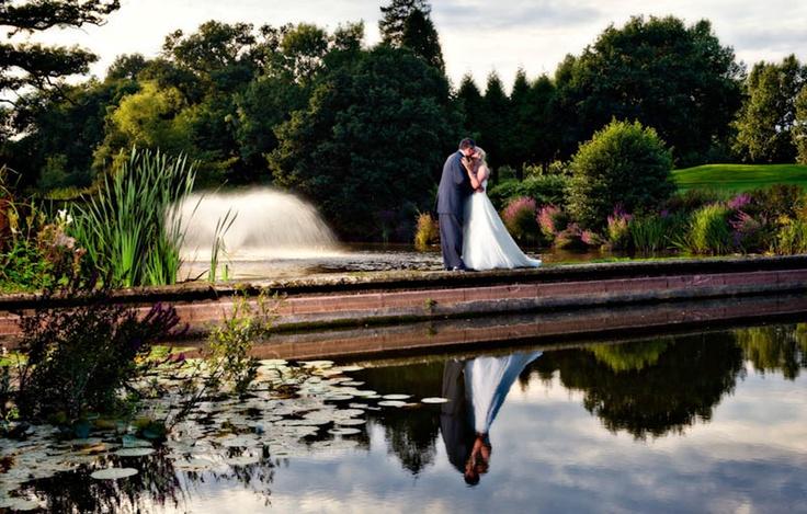 Gatton Manor, weekend wedding.