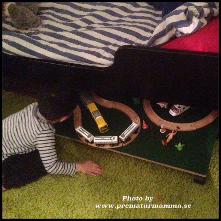 Tågbana bord lätt förvaring under sängen