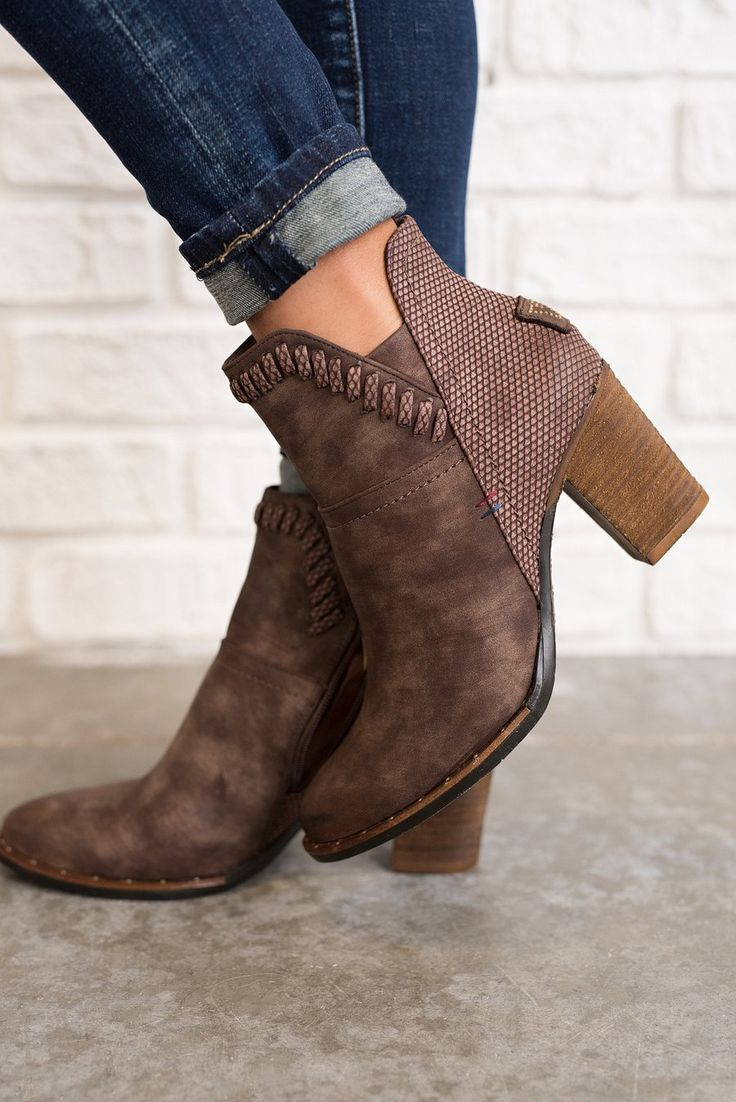 Weston Leather Booties (Brown)