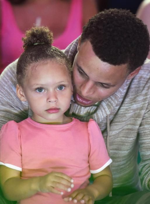 Stephen and Riley Curry