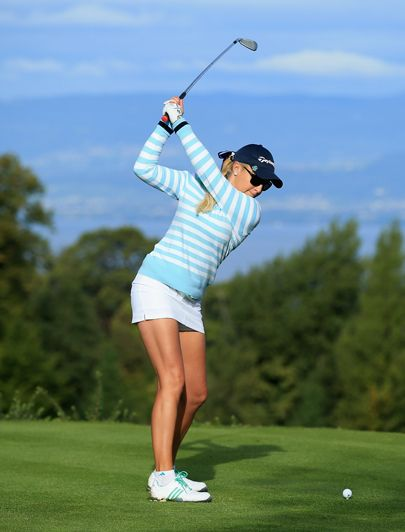 Natalie Gulbis..one of my favorite lady golfers!