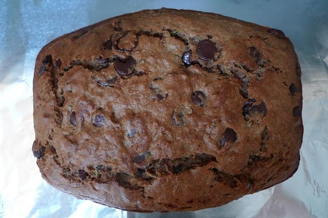 siriously delicious: Whole Wheat Zucchini Bread with Dark Chocolate and Cinnamon: Wheat Zucchini, Recipe Sweet, Dark Chocolate, Sweet Stuff, Sweet Recipes, Siriously Delicious, Zucchini Bread