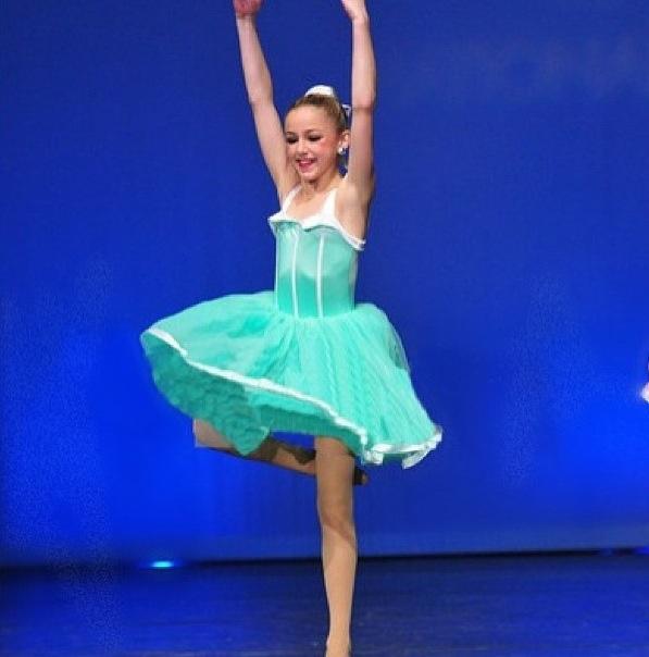 chloe-lukasiak-dance-wear