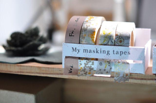 Présents partout sur la Toile, les rouleaux de papier adhésif décoratif sont aussi appelés washi tapes  car ils sont originaires du Japon...