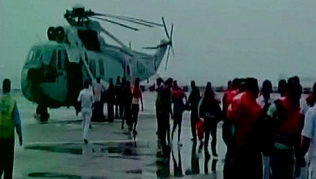 Mumbai dramatic navy rescue from the ship's signal | A2Z Media | Tamil Nadu News | India News | Asia News | World News