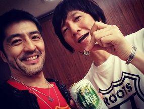 スカパラ谷中さんと3月27日に東京・日本武道館にて1966年生まれのアーティストたちによるライブイベント「FM COCOLO Presents『ROOTS66-Naughty50-』」の東京公演が行われた。