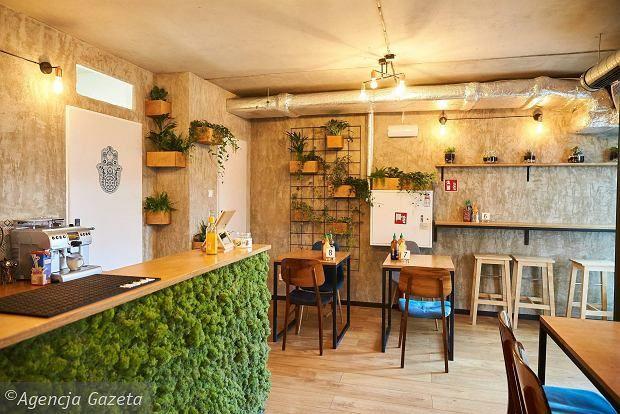 Falla Gdynia Ul I Armii Wojska Polskiego 10 Decor Home Decor Breakfast Bar