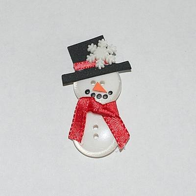 How to make a button snowman craft magnets crafts thin for Thin magnets for crafts