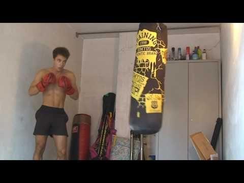 Allenamento aggressività al sacco da boxe - YouTube