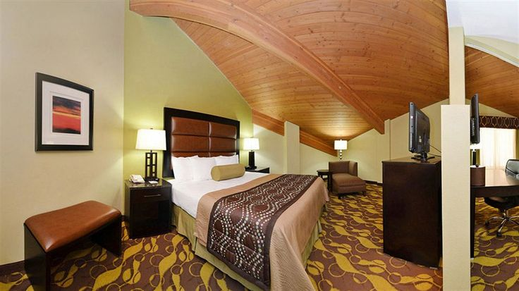 Best Western Plus Wilmington/Carolina Beach - Hotels.com - Hotel rooms with reviews. Discounts and Deals on 85,000 hotels worldwide
