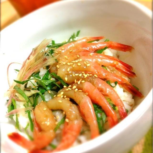 酢飯と大葉でサッパリ!(≧з≦) 朝からおいしくいただけました!ヽ(≧▽≦) - 163件のもぐもぐ - 漬け甘エビのすし丼 by shinjiterao