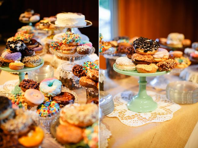 I'm sorry but this is the best midnight snack for a wedding I have ever seen. Who wouldn't want to eat a doughnut after drinking  dancing?!