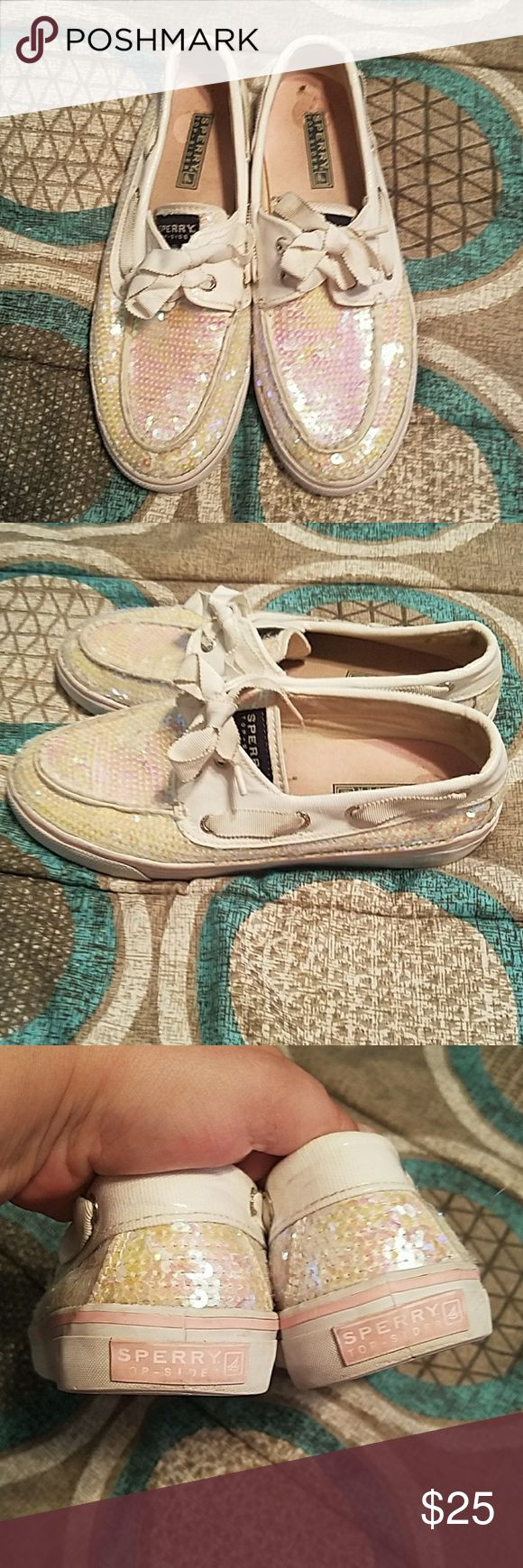 Sperry top sider shoes Sperry top sider shoes. They are in very good condition. Size 7 Sperry Top-Sider Shoes Flats & Loafers