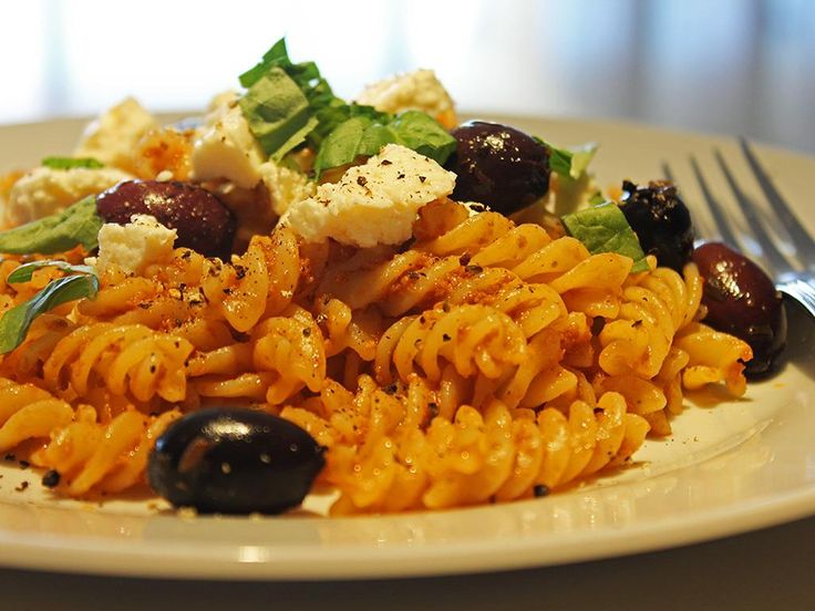 Fusilli+with+Roasted+Red+Pepper+Pesto