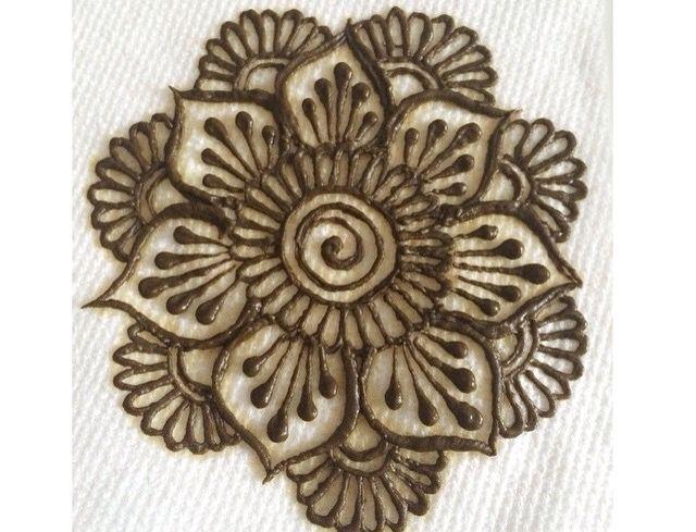 Simple Mehndi Mandala : Best images about simple henna design on pinterest