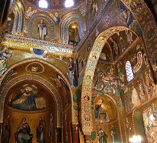"""Found this fascinating! =D (Former pin description): """"Palatine Chapel was the royal chapel of the Norman kings of Sicily. It combines a variety os styles: Norman architecture, Arabic arches, Byzantine mosaics. It's exceptional!"""""""