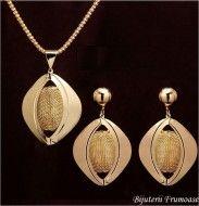 Set de bijuterii drop gifts http://www.bijuteriifrumoase.ro/cumpara/set-de-bijuterii-drop-gifts-644?c=29