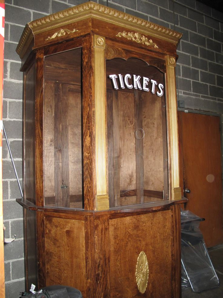 Vintage Ticket Booth Http Www Ecrafty Com C 81 Craft