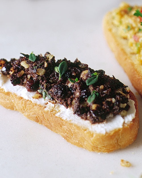 www.marthastewart.com/317915/olive-tapenade-and-goat-cheese-crostini ...