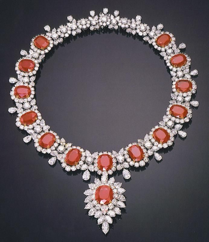 Harry Winston Unique High End Luxury Jewelry Pieces