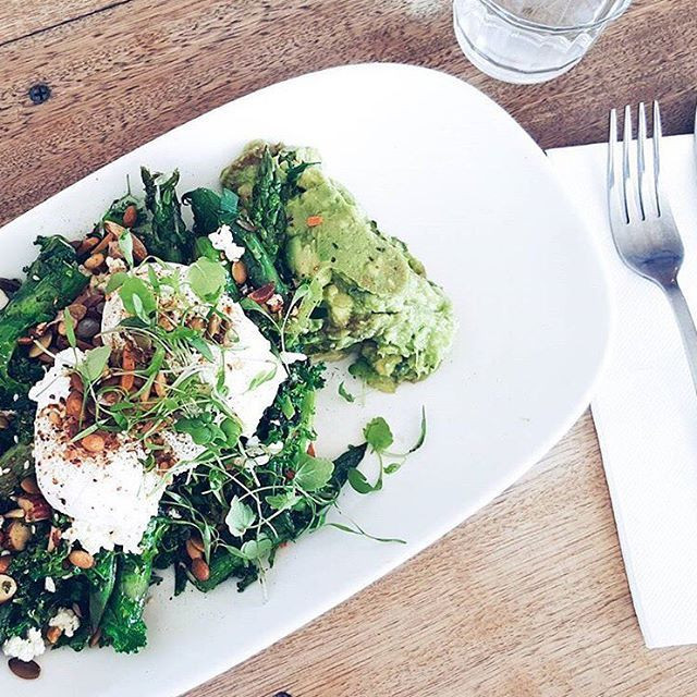 Happy Australia Day foodies! No better way then to brunch on greens before the festivities begin! Pop in and see our A team to fuel your body with nutritious goodness before the mate dates begin!   via @madistew  #healthybreakfast #wholefood #nourishing #eatmelbourne #melbournecafe #melbournecoffee #talltimber #3181 #prahran #healthy #cleaneating #fitfood #foodie #foodgasm #healthyfoodporn #lowfat #regram