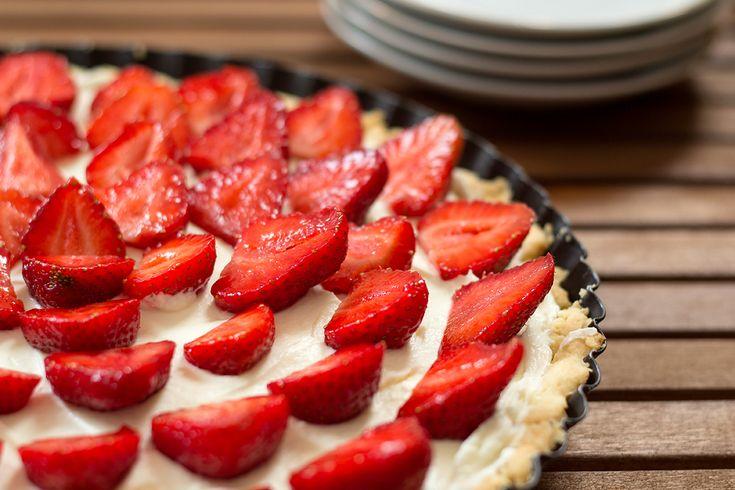 Tart with strawberries / Tarta z truskawkami i serkiem mascarpone