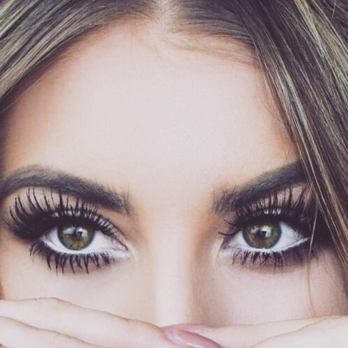 big lashes + white eyeliner