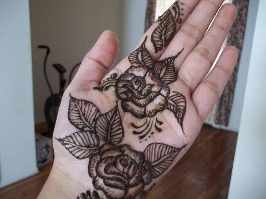 Rose Henna Tattoo Designs On Wrist: Rose Henna Design