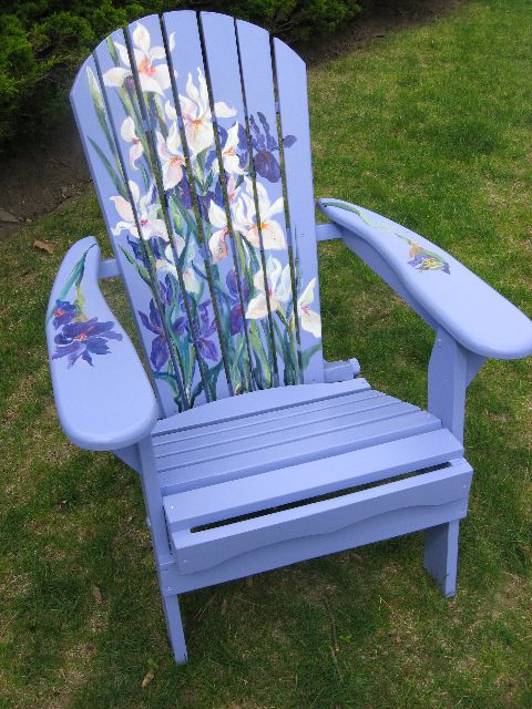 Painted Chair. This one is really beautiful.                                                                                                                                                      More